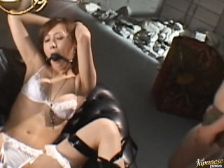 Squirting Asian MILF Kaede Fuyutsuki Gets Gangbanged