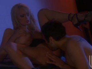 Outdoors Night Sex With Busty Blonde Stormy Daniels
