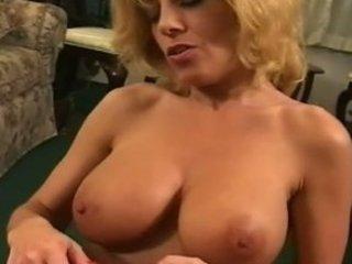 Sexy mature Sammie Sparks smoking blowjob