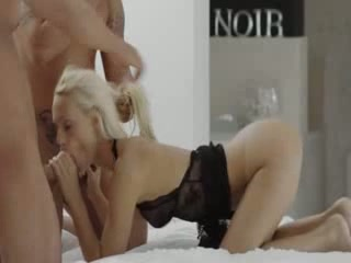 Double pleasure in exclusive gangbang