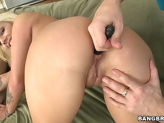 Lylith Lavey gets her amazing ass fucked