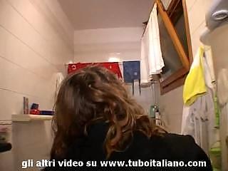 Italian Pregnant girl amateur Lesbo
