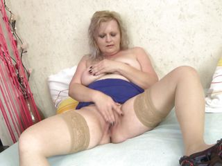 This mature bitch went crazy! She's a fucking sex maniac and she doesn't receives cock Conny starts masturbating frenetically. Check her out, she's a bit mad and rubs that pussy as good as she can taking a break only when she licks her finger. Isn't there a guy or another slut to give this whore what she wishes?