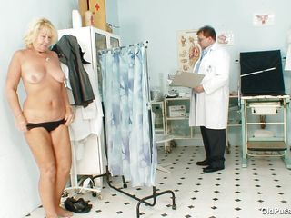 Greta often visits her doctor to check her body. While she reaches there her doctor ordered her to put all her clothes off and then he begins his pussy examination right after he squeezes her nice boobs. You rally needs to see where this doctor ends up his examination.